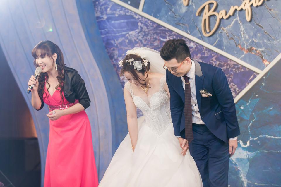 台南東東宴會式場 婚宴 走在幸福的紅毯上 R & B 126