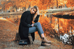 SARA // autumn 2018 (2) (Robert Krstevski) Tags: robertkrstevski autumn autumn2018 girl woman photoshoot photography reflection park skopje macedonia style urban boots bag makeup natural nature colors landscape landscapes