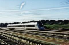 Un nuevo viaje (pedroramfra91) Tags: exteriores outdoors tren vías