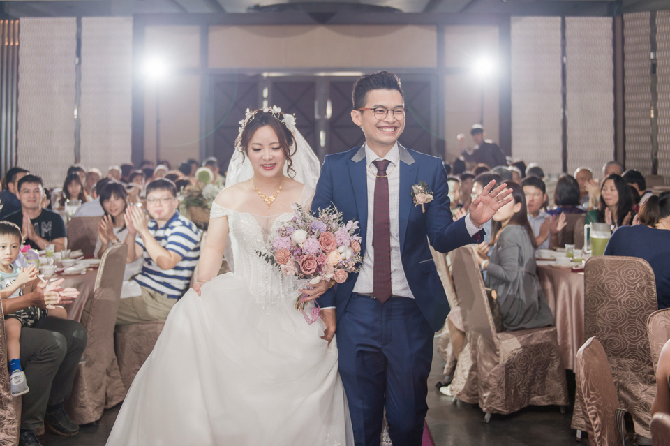 台南東東宴會式場 婚宴 走在幸福的紅毯上 R & B 117