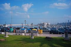 Bari, Puglia, 2018 (biotar58) Tags: bari puglia italia apulien italien apulia italy southernitaly southitaly streetphotography lungomare russar20mm56 russar