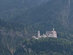 Neuschwanstein (Micheline Canal) Tags: allemagne bavière maison couleur église château paysage landscape water chutedurhin