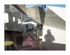 14-12-2018-02 (Melissen-Ghost) Tags: olympus penf zukio 12mm mzuiko digital 17mm 118 architecture architektur deutschland urban mirror reflection color photography farbfotografie