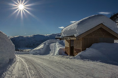Winter beauty (Siggi007) Tags: winter cold snow sun sunshine outdoors nature sky sunrays clearsky mountains norway myrkdalen norwegen building tranquil beautiful wonderful perfect landscape canon naturaleza mood mountain