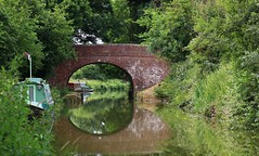Kennet & Avon Canal Pewsey Wiltshire (Ann Collier Wildlife & General Photographer) Tags: kennetavoncanal pewsey wiltshire canals bridge boat water uk landscape reflection canal