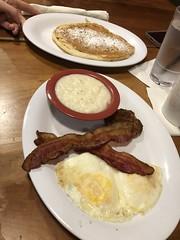 Breakfast at Ruby Slipper in Orange Beach, Al (King Kong 911) Tags: ruby slipper bacon eggs grits french toast food orange beach