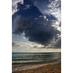 In front of the sun (Robyn Hooz) Tags: reunion nuvole clouds mare indian ocean oceano onde dreams france sospiro