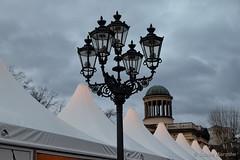 Winter in Berlin (Sockenhummel) Tags: weihnachtsmarkt weihnachtsmarktschloscharlottenburg dächer winter zelte zeltdächer laterne charlottenburg berlin fuji xt10 dach kuppel