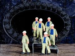Tiny people - Schicht im Schacht (J.Weyerhäuser) Tags: 187 bergwerk h0 nochfiguren stollen tinypeople
