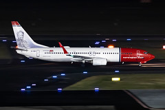 EI-GBI Norwegian Air International Boeing 737-8JP (buchroeder.paul) Tags: eddl dus dusseldorf international airport germany europe night ground eigbi norwegian air boeing 7378jp