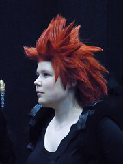 Mary Queen of Redheads (Steve Taylor (Photography)) Tags: redhead sword wig red woman lady newzealand nz southisland canterbury christchurch armageddonexpo armaggedon addington