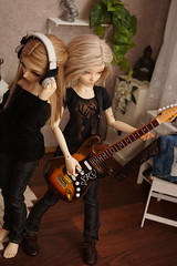 Clary and Lauren (Jelezrael) Tags: bjd doll puppe msd 14 fairyland minifee chloe niella