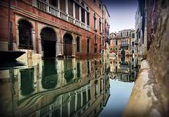 Riflessi (Michelecimitan) Tags: michelecimitan venezia veneto riflessi italie italy italia europe europa reflets reflections eau water canal river picturesque old geotagged