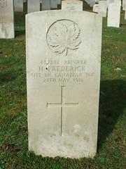 Private Harry Frederick (Living in Dorset) Tags: canadian wargrave wardead grave headstone wwi aldershotmilitarycemetery aldershot hampshire england uk gb 1916 harryfrederick