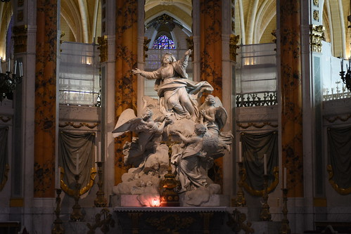 Chartres Cathedral Chancel Statue