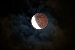 Super Blood Moon Eclipse through clouds (Photon_chaser) Tags: moon blood bloodmoon celestron onyx onyx80ed eclipse