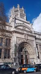 London - England (Been Around) Tags: london england uk museum greatbritain unitedkingdom europe victoriaandalbertmuseum cromwellroad knightsbridge castcourtsva va
