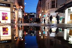Rue des Dominicains (Liège 2019) (LiveFromLiege) Tags: liège luik wallonie belgique architecture liege lüttich liegi lieja belgium europe city visitezliège visitliege urban belgien belgie belgio リエージュ льеж rue des dominicains ruedesdominicains vinavedile reflet reflection puddle puddlegram