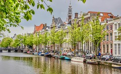Amsterdam Canal Architecture. Amsterdam, Holland (mtm2935) Tags: front fascia cupulas churches bridges boats classic clásico typival dutch views vistas paisajes landscape scenic amsterdam holland streets houses buildings water canals cruise