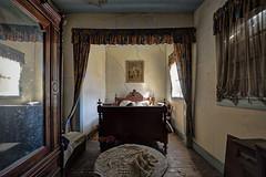 """The """"frame"""" of dream (JG - Instants of light) Tags: bedroom furniture decoration untouched abandoned forgotten decay dark shadows quarto mobília decoração intocado abandonado esquecido decadencia sombrio sombras urbex urbanexploration exploraçãourbana nikon d5500 sigma 1020 portugal"""