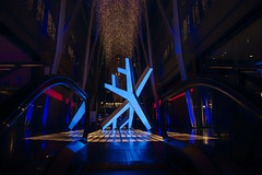 Studio F Minus: Frost (A Great Capture) Tags: brookfield place mitchell chan led sculptural installation properties illuminate gust agreatcapture agc wwwagreatcapturecom adjm ash2276 ashleylduffus ald mobilejay jamesmitchell toronto on ontario canada canadian photographer northamerica torontoexplore winter l'hiver 2019 city downtown lights urban night dark nighttime cold snow weather colours colors colourful colorful cityscape urbanscape eos digital dslr lens canon 70d sigma reflection mirror glass reflections indoor indoors holiday neige schnee y flake blue gold