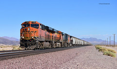 BNSF 7139 ( GE ES44DC ) (vsoe) Tags: züge güterzug güterzugstrecke transcon eisenbahn train railway railroad freighttrain ge engine diesel bnsf california kalifornien usa amerika america mojave desert wüste