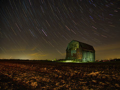 Barn sees the light (Bryan Esler Photo) Tags: lumecube em1x olympus livecomposite astro barn landscape stars startrails light