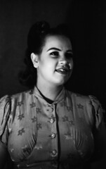 Old fashion portrait rough light (Sonofsono) Tags: film fomapan black bw white rough portrait people graflex speedgraphic largeformat