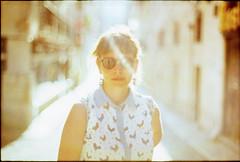v (cornaile) Tags: portrait street streetphotography lensflare backlight girl model sunshine analog analogphotography film filmphotography filmisnotdead 35mm minolta xd7 rokkor 14 5814 urban city love
