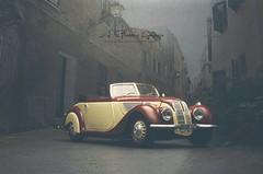 1937 BMW 327 (aJ Leong) Tags: 1937 30s bmw 327 pre war classic cars vintage vehicles automobiles garage 118 guiloy autoart kyosho minichamps diecast scale model two tone convertible cabriolet soft top force perspective