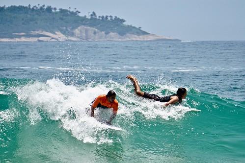 Surfing at Praia do diabo