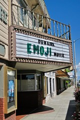 Bishop Twin Theatre, Bishop, CA (Robby Virus) Tags: bishop california ca us395 twin cinema theatre theater marquee movie movies film emoji