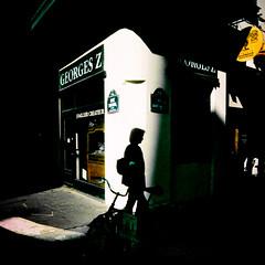 Georges Z (Calinore) Tags: france paris city ville ruederivoli silhouette shadow ombre lomo slimangel traitementcroisé