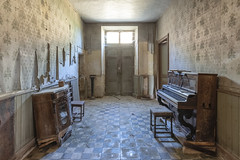 Music for Waiting Rooms (www.francismeslet.com) Tags: forgotten mindtravels ruined sombresociety abandonseekers abandoned abandonedafterdark abandonedporn abandonné amazing archdaily architecture architecturelovers architecturehunter architectureporn art beauty beautyfull closed color crusty decay decayandstyle derelict design dilapidated disused down décadence déchéance eleganceinabandonment explo explore fisheyelemag forsaken friche grimenation histoire infinityunguarded instagood instalove interiordesign itsabandoned kingsabandoned letting limitededition lost lostplace lovesabandoned moodygrams oblivion old patrimoine photodaily picoftheday preciousjunk pretty rouille ruines rusty sfxdecay sombrexplore traveling tvurbex urbain urbanexploration urbex urbexrebels urbexart urbextreme urbexworld vieux wrecked yellowkorner