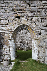 Carran Church (backpackphotography) Tags: church clare ruin ruins 15thcentury backpackphotography carving ireland