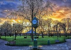 Time is precious (LeanneHall3 :-)) Tags: groupenuagesetciel sundaylights cloudsstormssunsetssunrises sunset eastpark hull kingstonuponhull colourful orange yellow pink blue white clouds canon 1300d