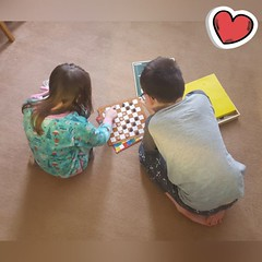 Day 19 (Iain Purdie) Tags: kids children games draughts play boardgames 2019 happy