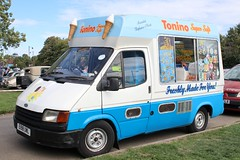 E198 UWL (Nivek.Old.Gold) Tags: 1987 ford transit 120 icecream van 2496cc diesel tonino supersoft