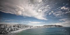 (019/19) Only Blue (Pablo Arias) Tags: pabloarias photoshop ps capturendx españa photomatix nubes cielo arquitectura paisaje mar agua mediterráneo edificios montaña benidorm alicante