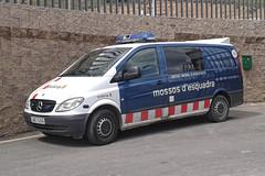 Mossos d'Esquadra (bleulights) Tags: mossos desquadra policia police polizia polizei policía rendőrség 警察 polisie polici شرطة polis полиция poliisi policija seguretat ciutadana seguridad ciudadana public safety straz miejska trànsit tráfico traffic stradale cme 6299 mercedes vito