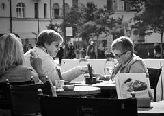 At Loacker in Bolzano (@WineAlchemy1) Tags: loacker bolzano piazzawalther bozen altoadige südtirol southtirol café caffè aperol lunchtime blackwhite street noiretblanc neroebianco pastries waffles coffee