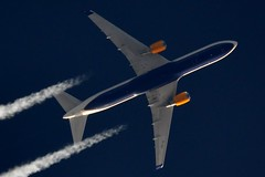 Icelandair Boeing 767 TF-ISO (stephenjones6) Tags: jet plane aircraft civil aviation airlines blue boeing skywatcher sky dobsonian d3200 telescope b767 b767300 tfiso contrail chemtrail vapourtrail vapour icelandic icelandair msn29388 b767319er
