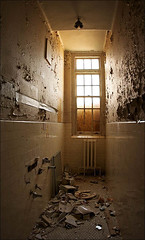 whitby_tall_toilet_8769469923_o (wvs) Tags: