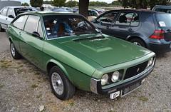 RENAULT 15 - 1976 (SASSAchris) Tags: renault 15 r15 ricard 10000 voiture française losange castellet circuit tours