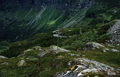 "Norwegen 1998 (315) Geirangervegen • <a style=""font-size:0.8em;"" href=""http://www.flickr.com/photos/69570948@N04/32453653087/"" target=""_blank"">View on Flickr</a>"