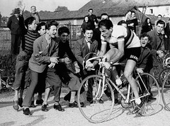 1953 Fausto and the Tifosi Madness (Sallanches 1964) Tags: trofeobaracchi faustocoppi campionissimo worldchampionroadcycling 1953 italiancyclists timetrialrace