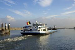 Kanaal door Zuid Beveland (Omroep Zeeland) Tags: kanaal door zuid beveland hansweert sluizen scheepvaart binnenvaart binnenvaartschip