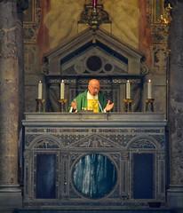 Ite missa est (giorgiorodano46) Tags: novembre2018 november 2018 giorgiorodano roma italy chiesa church messa prete celebrante