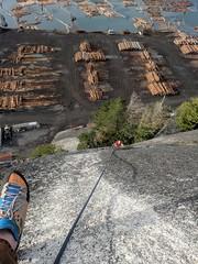 Upper Malemute (Dru!) Tags: squamish uppermalemute logyard drylandsort climb climbing dug bc britishcolumbia canada rope shadow