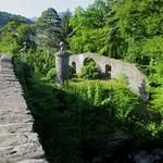 Pont sur la rivière  Dochart, Killin, Stirlingshire, Ecosse, Royaume-Uni. thumbnail